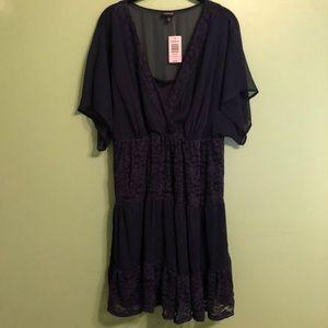 torrid | NWT Plus size dress | Sheer back | 1X